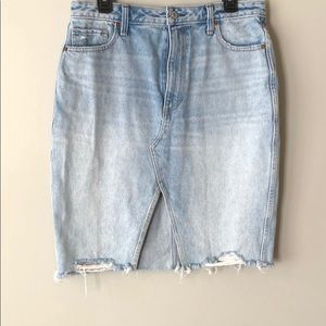 Gently used abercrombie and finch denim skirt